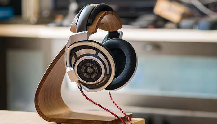 sennheiser-hd800-dynamic-stereo-headphones