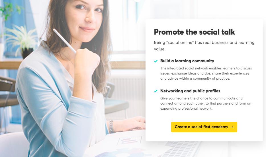 LearnWorlds Social Talk